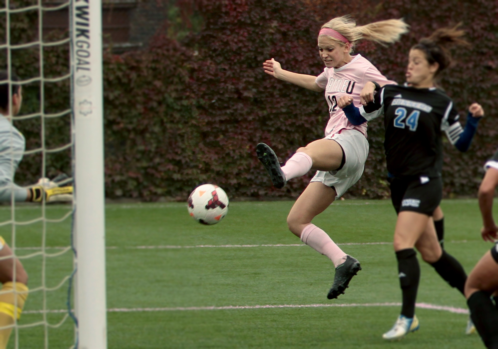Seattle U Scores Big at Pink Game