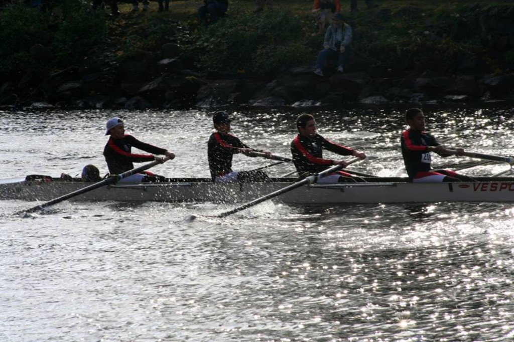Men's Club Rowing Gears up For Season