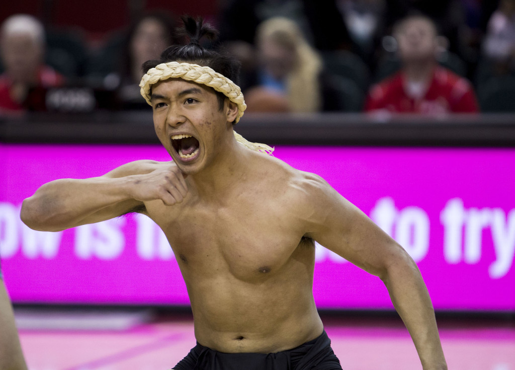 It was Asian-Pacific Islander heritage night at Key Arena on Saturday, as the Marianas Tao Tao Tano slanders club performed a traditional Haka warrior dance.
