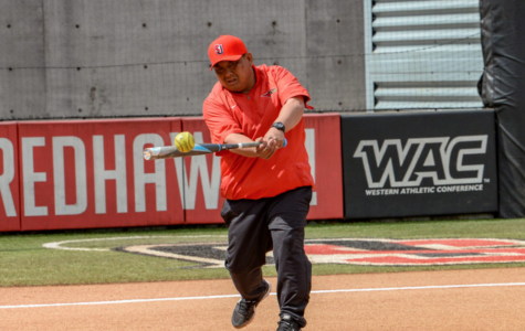 Softball Head Coach Hirai's Contract Extended to 2023