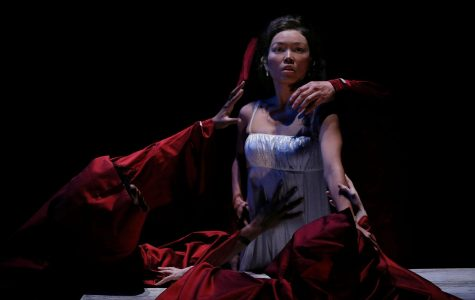 """Dracula"" at the Act Is a Feast for the Living and the Dead Alike"
