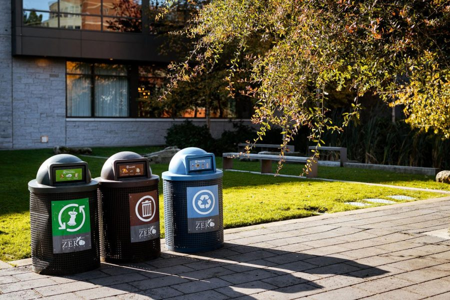 Compost%2C+trash%2C+and+recycle+bins+on+campus