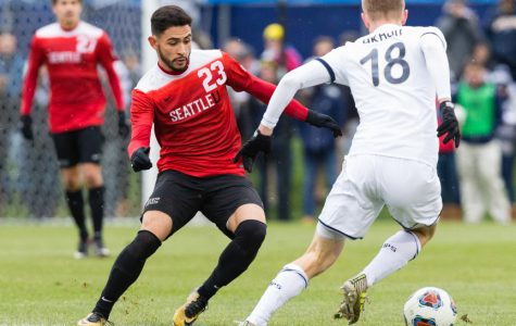 SU Alumni Re-Signed to Sounders